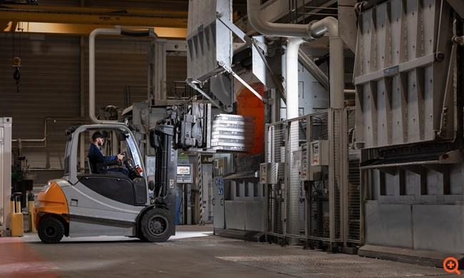 Το BMW Group προμηθεύεται αλουμίνιο που παράγεται από ηλιακή ενέργεια