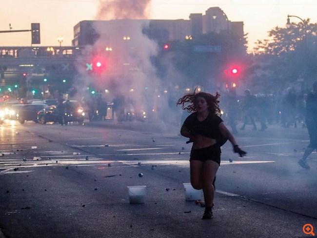 Εικόνες χάους στις ΗΠΑ: Και τρίτος νεκρός από πυρά στην Ινδιανάπολη