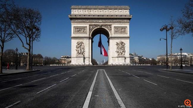 Κορονοϊός: Η Γαλλία ετοιμάζεται για τα χειρότερα