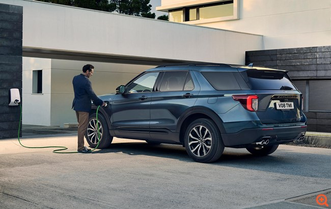 Ford Explorer: Συνδυάζοντας τα καλύτερα στοιχεία δύο διαφορετικών κόσμων