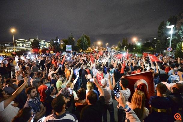"""""""Έκρηξη"""" βίας στην Τουρκία για το Κουρδικό"""