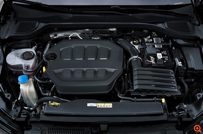 VW Golf R_04