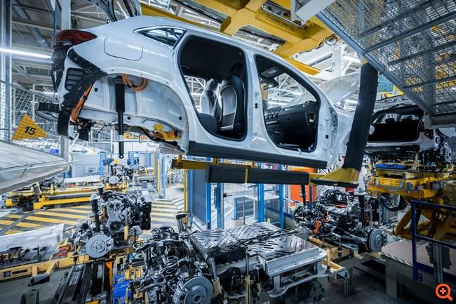 Η νέα ηλεκτρική Mercedes EQA