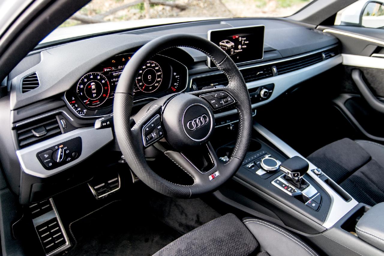 Audi A4 Delphi 18