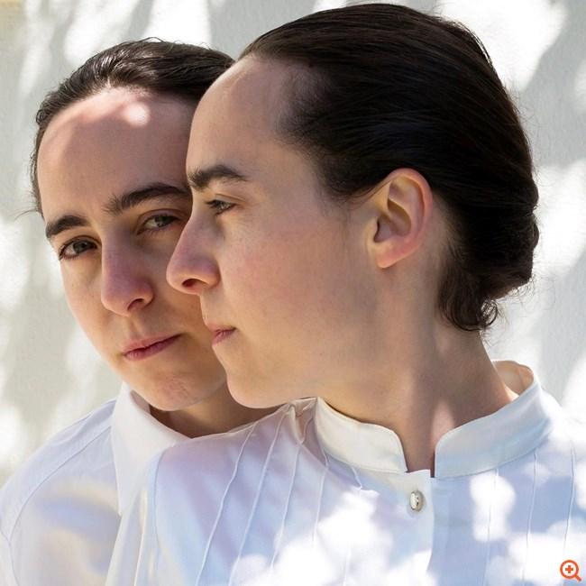 kapsetaki_twins