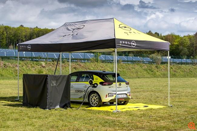 Κινητή υποδομή φόρτισης για το Opel Corsa-e Rally