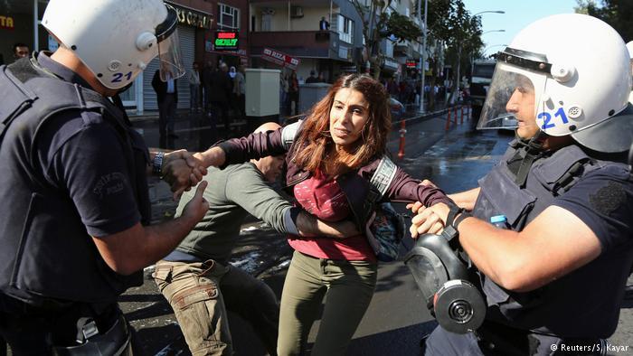Γερμανικός Τύπος: Η Τουρκία εξελίσσεται σε δικτατορία