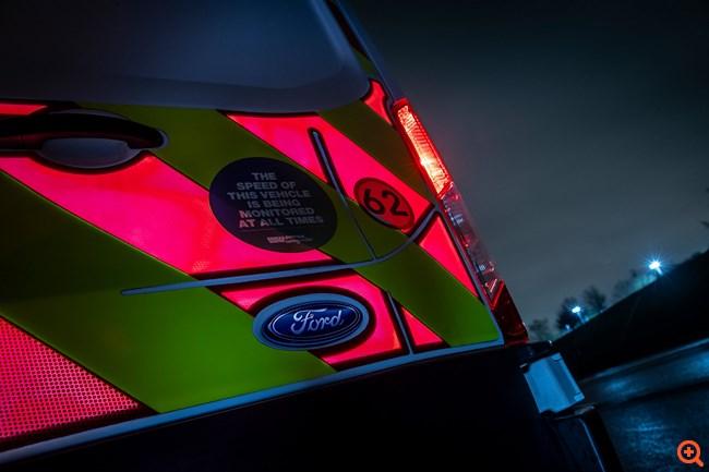 Ηλεκτρονικά φωτιζόμενα πάνελ από την Ford