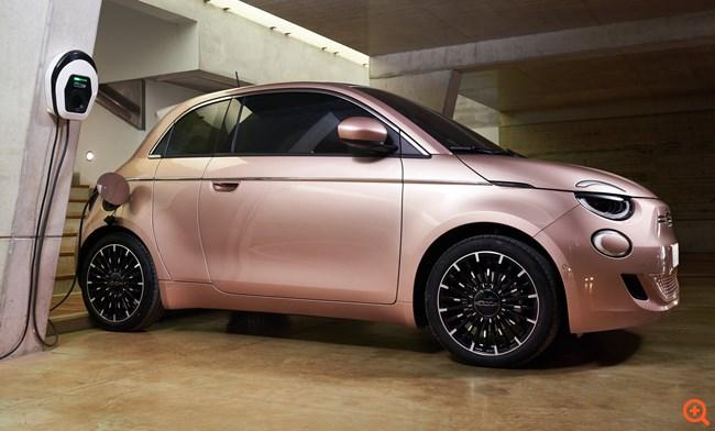 Fiat 500e: Οι Free2Move eSolutions και Accenture ενώνουν τις δυνάμεις τους