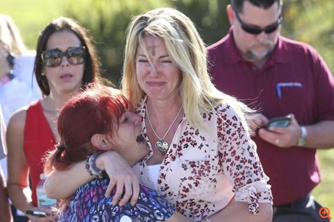 Μακελειό σε λύκειο στη Φλόριντα: Τουλάχιστον 17 νεκροί από επίθεση ενόπλου
