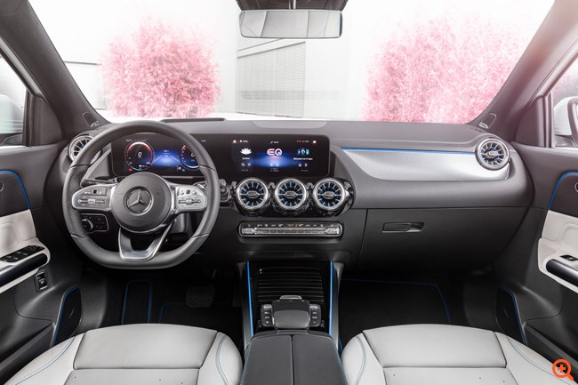 Mercedes EQA_03