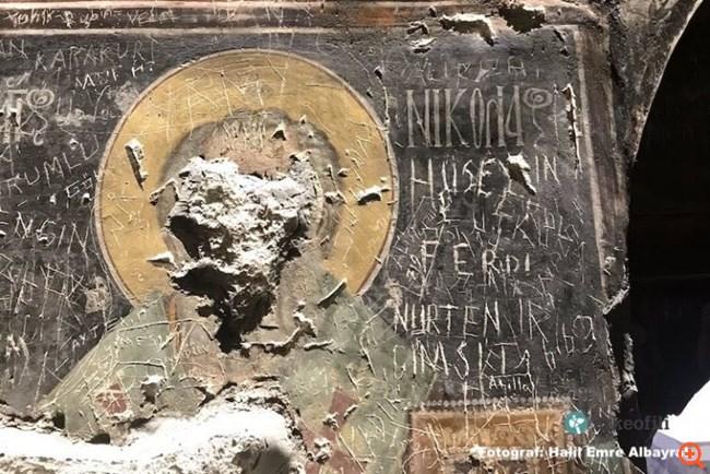 Ανυπολόγιστη καταστροφή στη Σουμελά: Βανδάλισαν τις βυζαντινές τοιχογραφίες