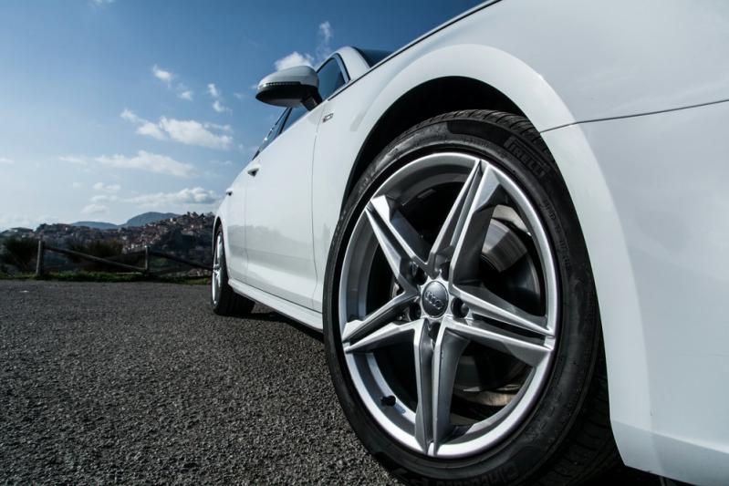 Audi A4 Delphi 30