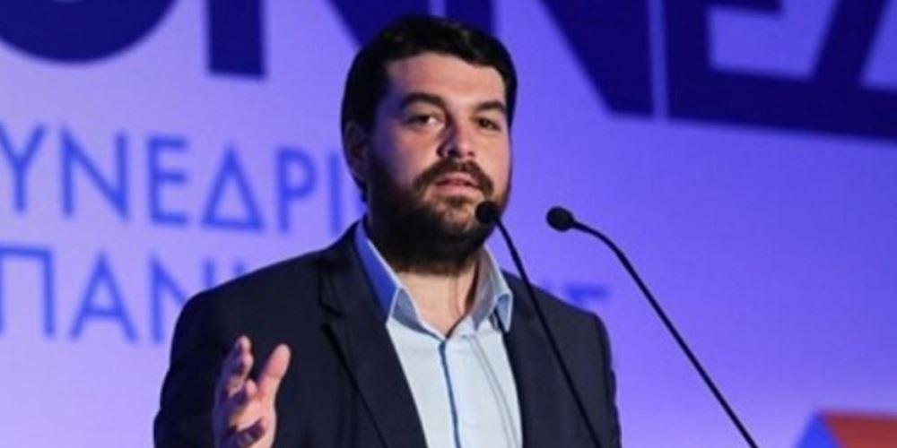 Δέρβος: Απαράδεκτο να υποκύπτει η Δημοκρατία σε εκβιασμούς τρομοκρατών και δολοφόνων