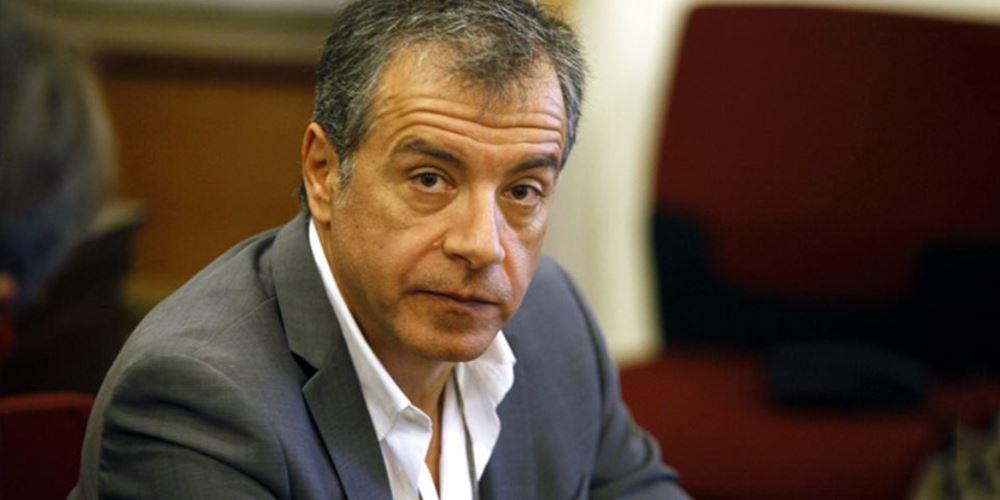 Στ. Θεοδωράκης: Σημασία στην πολιτική έχει να παραμένεις όρθιος παρά τα χτυπήματα