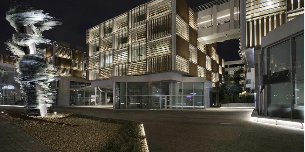 Grivalia Properties: Με 7,83% η Julius Baer Group