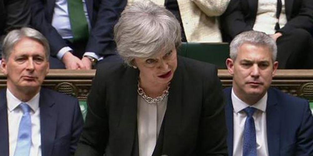 """Βρετανία: """"Πραξικόπημα"""" κατά της Μέι ετοιμάζουν υπουργοί και βουλευτές"""