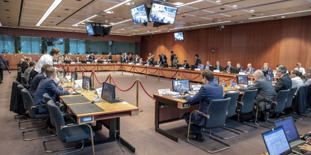 """Σήμερα στο Eurogroup ο πρώτος απολογισμός για την """"παροχολογία""""- Εντείνονται οι αντιδράσεις"""