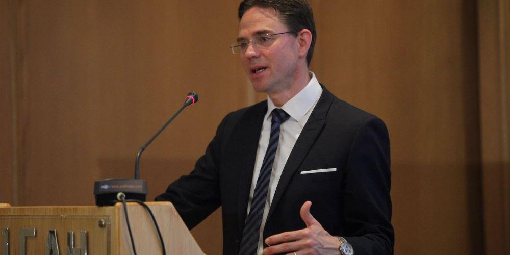 Κατάινεν: Ο Βέμπερ βγαίνει ενισχυμένος για την προεδρία της Κομισιόν