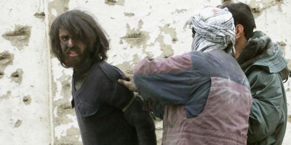 """ΗΠΑ: Ελεύθερος έπειτα από 17 χρόνια στη φυλακή ο """"Αμερικανός Ταλιμπάν"""""""