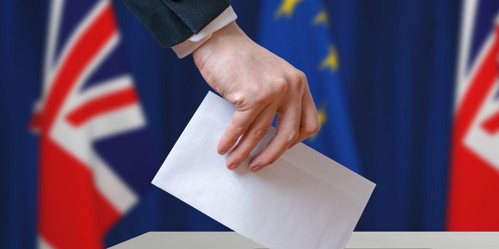 Βρετανία: Αυξημένη συμμετοχή ψηφοφόρων σε ορισμένες περιφέρειες