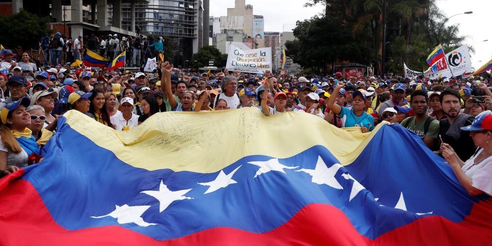 Τι θα βύθιζε τη Βενεζουέλα στο χάος
