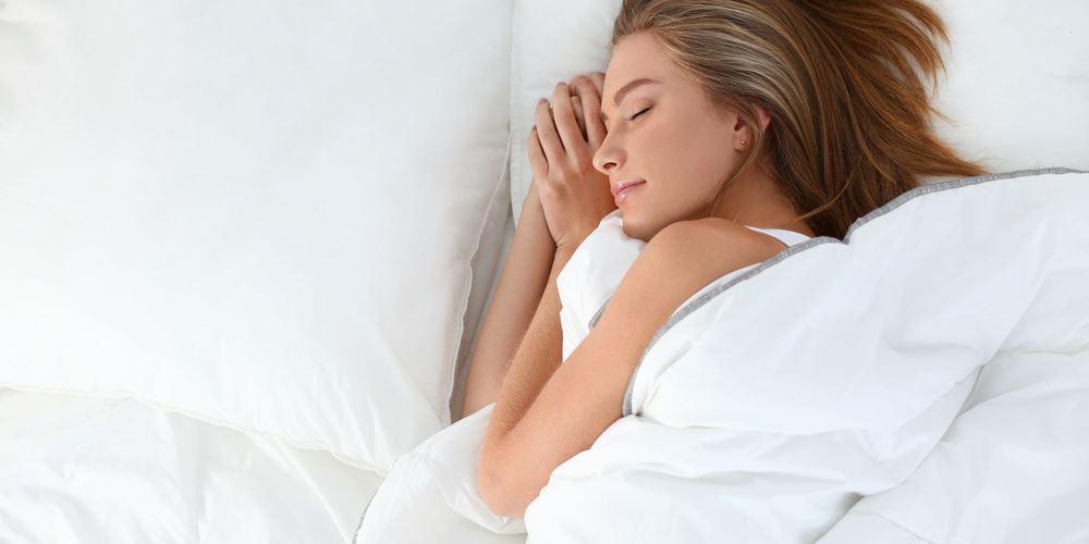 """Τι μπορεί να """"αποκαλύπτει"""" η υπνική άπνοια στις γυναίκες;"""