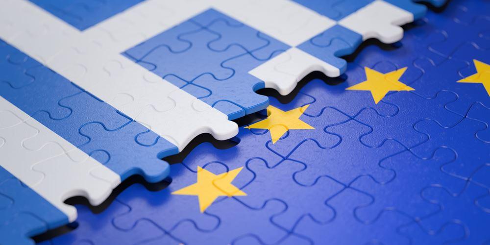 Financial Times: Η ελληνική οικονομία δείχνει πολλά υποσχόμενα σημάδια ανάπτυξης