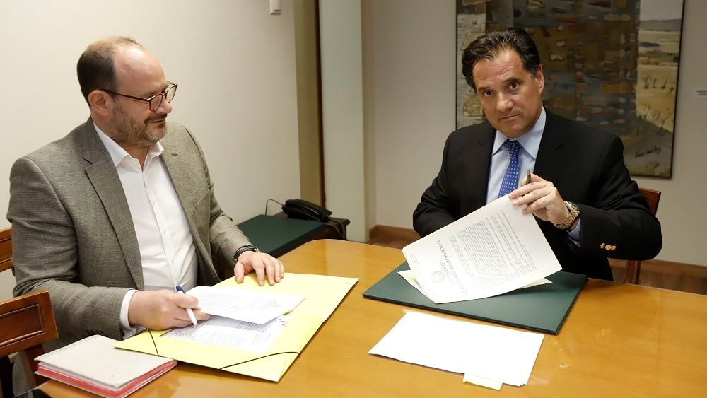 Υπεγράφη το σχέδιο Π.Δ. για την επένδυση 60 εκατ. της AGC στη Μύκονο