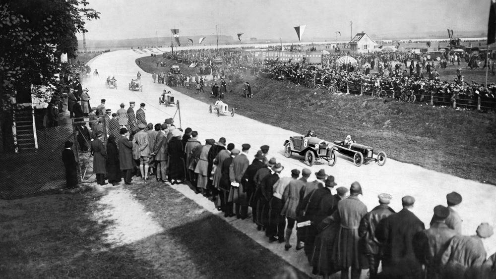 Πριν 100 χρόνια οι πρώτοι αγώνες αυτοκινήτων στην Opel Rennbahn