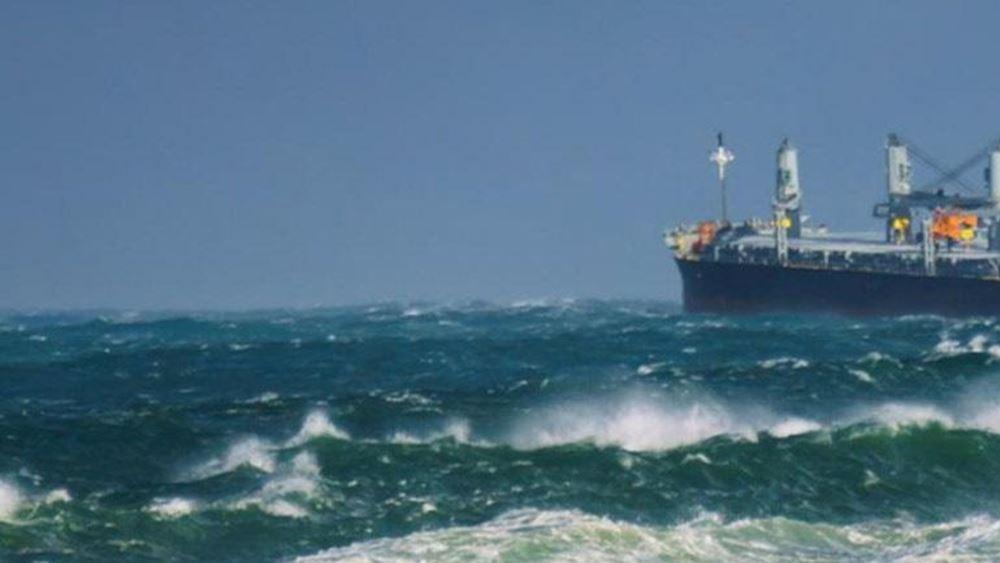 """Παραμένει ακυβέρνητο ανατολικά των Αντικυθήρων το """"ΑEOLOS"""" με τους 22 ναυτικούς"""
