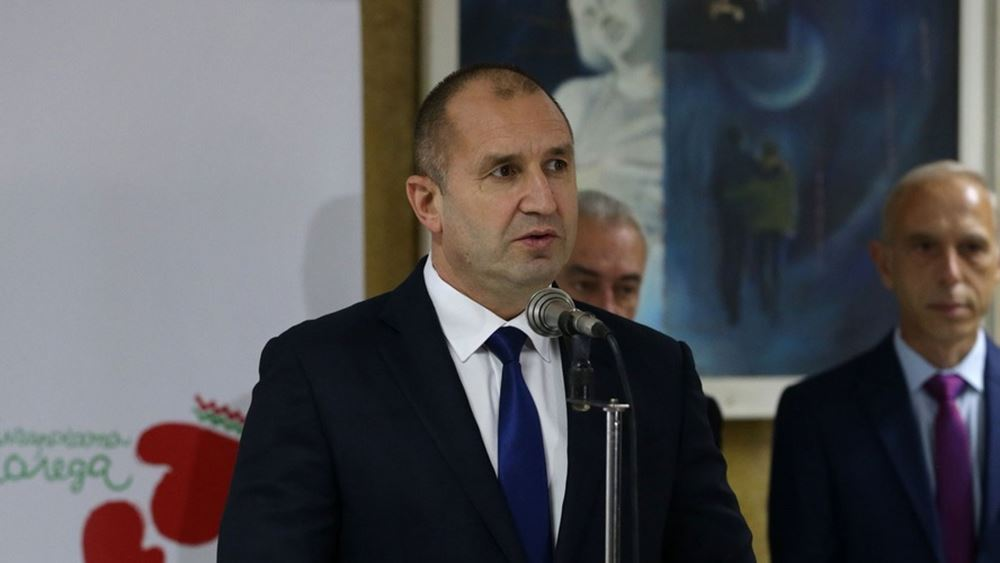 Υπ. Υγείας Βουλγαρίας: Ο πρόεδρος πρέπει να τεθεί σε καραντίνα -  Ήρθε σε επαφή με επιβεβαιωμένο κρούσμα