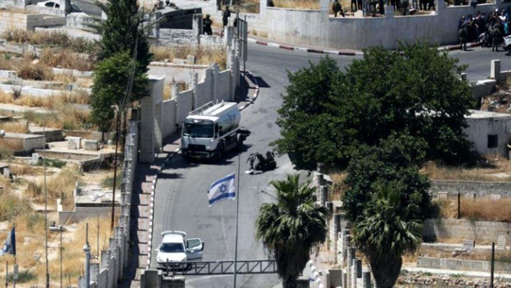 Ισραήλ: Εκτόξευση οβίδων κατά την είσοδο φορτηγώνμε ανθρωπιστική βοήθεια στη Γάζα