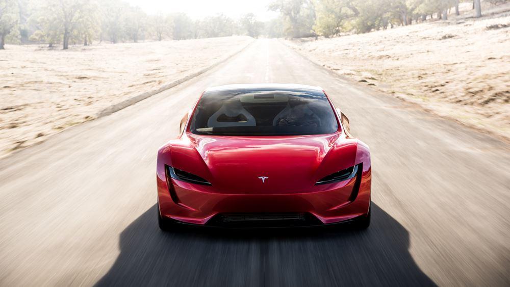 Στα 767 δολάρια η τιμή διάθεσης των νέων μετοχών της Tesla