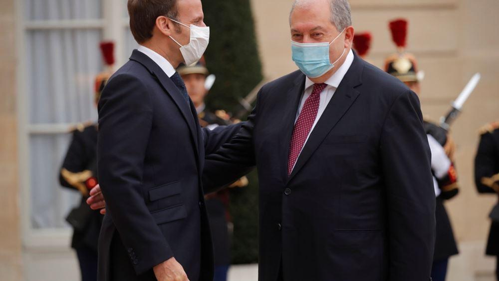 Με τον πρόεδρο της Αρμενίας συναντήθηκε ο Μακρόν - Τηλεφωνικές επαφές με Πασινιάν, Αλίγεφ