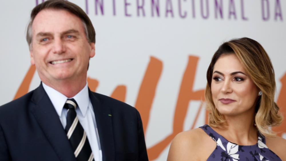 Βραζιλία: Θετικοί στον κορονοϊό η σύζυγος του Μπολσονάρου και ένας ακόμη υπουργός