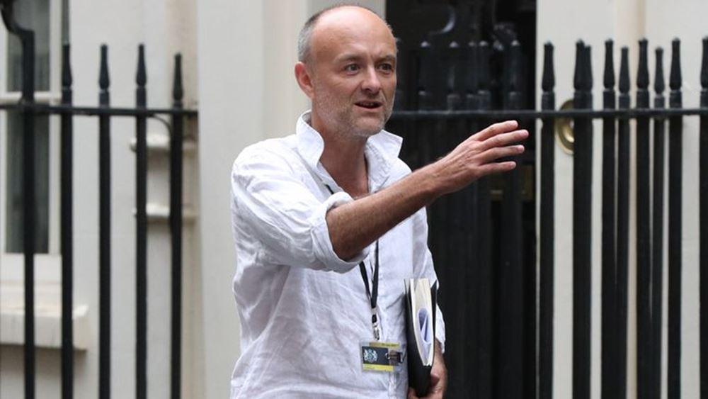 Βρετανία: Ξεπέρασαν το 1 εκατ. οι υπογραφές για την απόλυση του Ντόμινικ Κάμινγκς