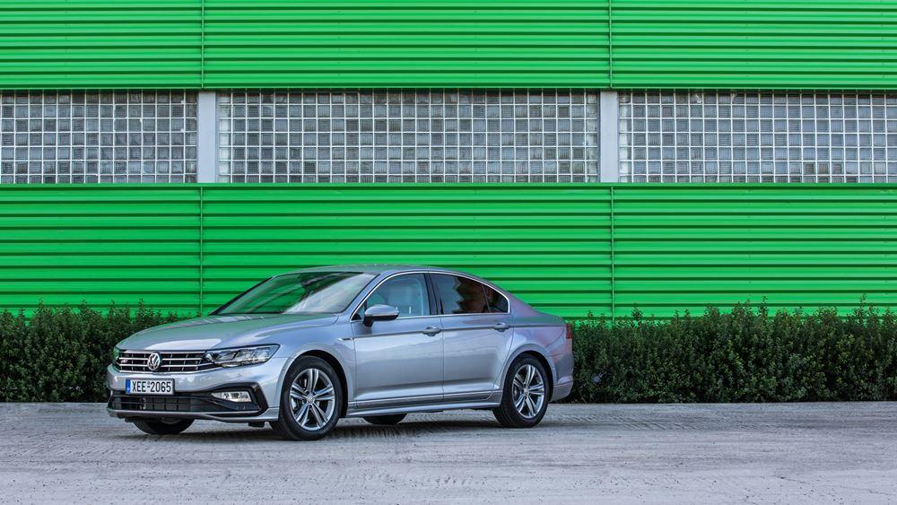 Πρώτη επαφή με τη νέα γενιά VW Passat