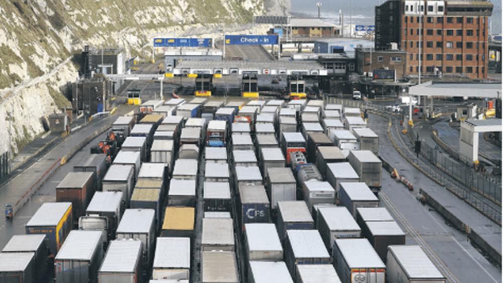 Κορονοϊός: Κίνδυνος βραδείας επιστροφής στην κανονικότητα