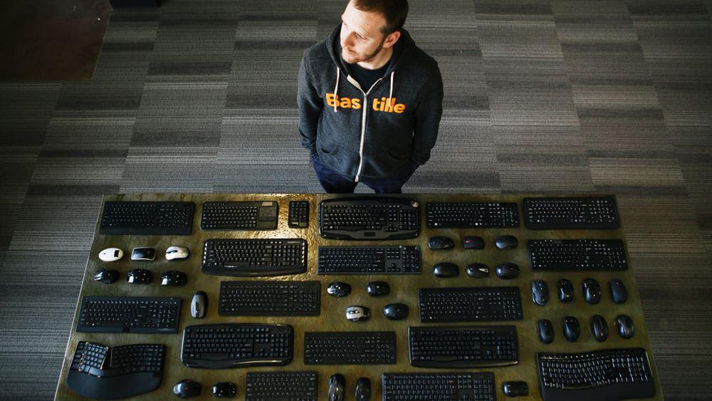 Επενδύσεις κόντρα στην τεχνολογία προτείνει δισεκατομμυριούχος της Silicon Valley