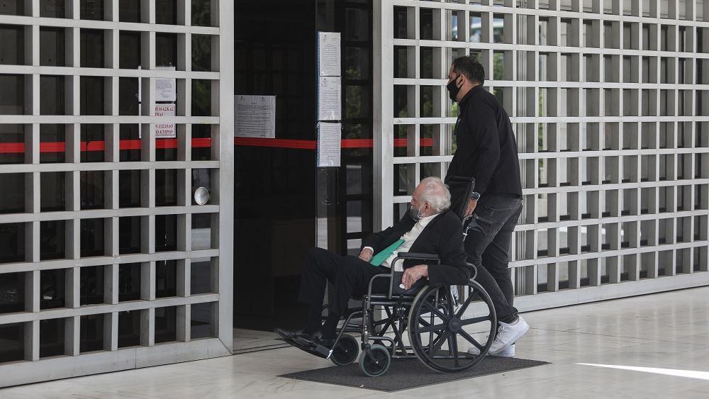 Ακης Τσοχατζόπουλος: Mε αναπηρικό καροτσάκι στον Αρειο Πάγο