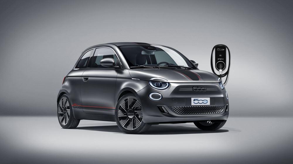 Πράσινη εξατομίκευση για το ηλεκτρικό Fiat 500