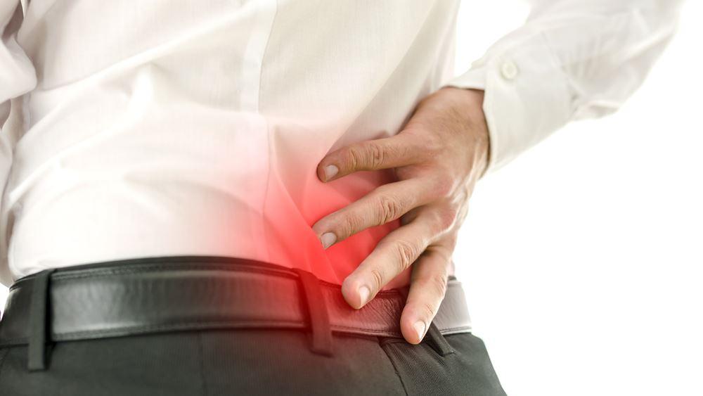 Πόνος στην πλάτη: Τι φταίει και πώς θα τον προλάβετε
