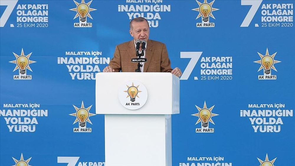 """Ερντογάν: Οι φιλοκούρδοι δήμαρχοι στέλνουν χρήματα στο PKK - Θα συνεχίσουμε να τους """"ξηλώνουμε"""""""