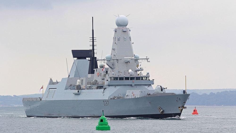 Η Βρετανία στέλνει δεύτερο πολεμικό πλοίο στον Κόλπο