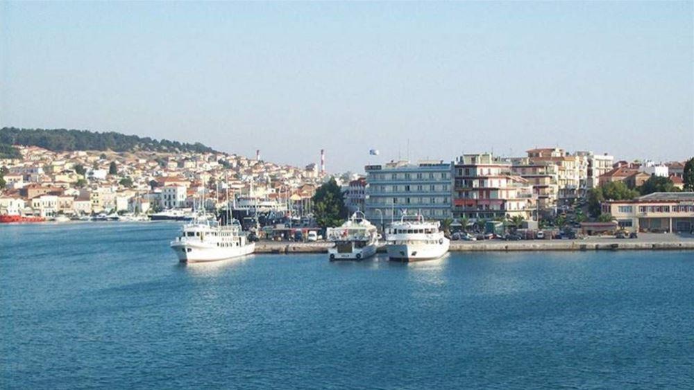 Μυτιλήνη: 200 αιτούντες άσυλο αναχώρησαν για τον Πειραιά