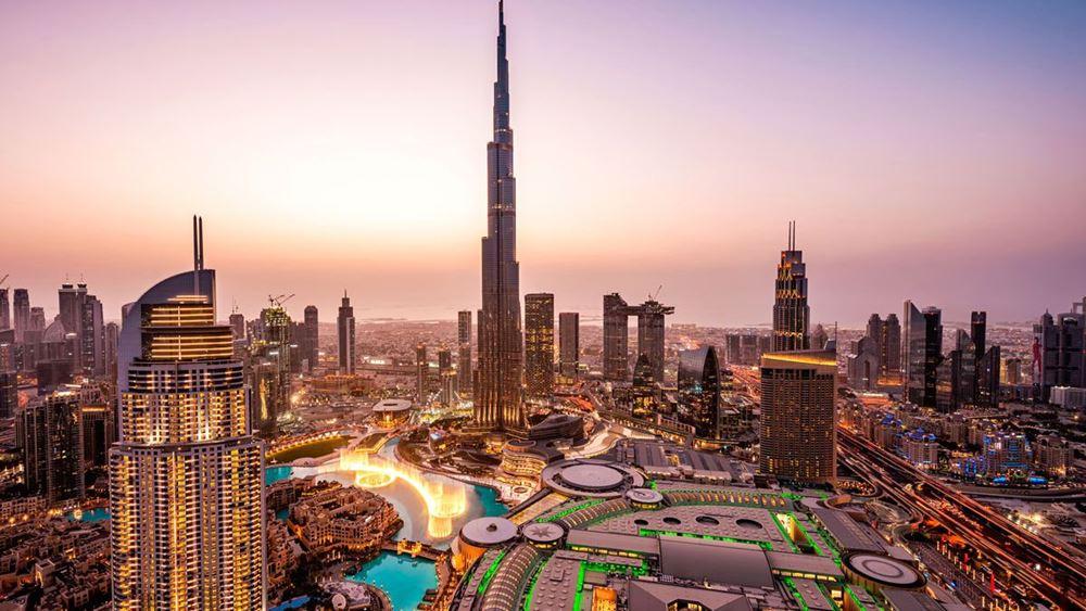 Το Ντουμπάι αίρει τους περιορισμούς κατά τηςπανδημίας