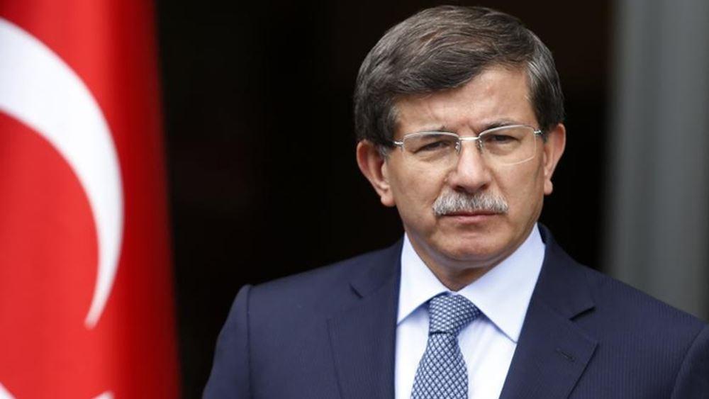 Ο Νταβούτογλου επικρίνει τον Ερντογάν μετά το εκλογικό αποτέλεσμα στην Κωνσταντινούπολη