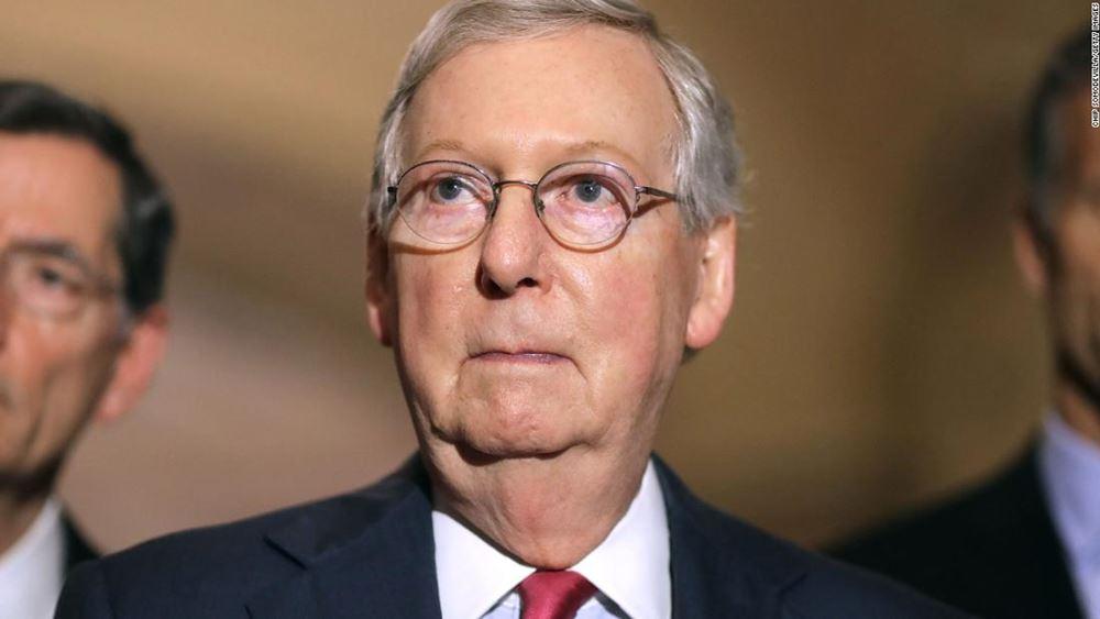 """ΗΠΑ: """"Πυρετός"""" διαβουλεύσεων για πακέτο τόνωσης στο Κογκρέσο, """"εφικτή"""" βλέπει μια συμφωνία ο ΜακΚόνελ"""