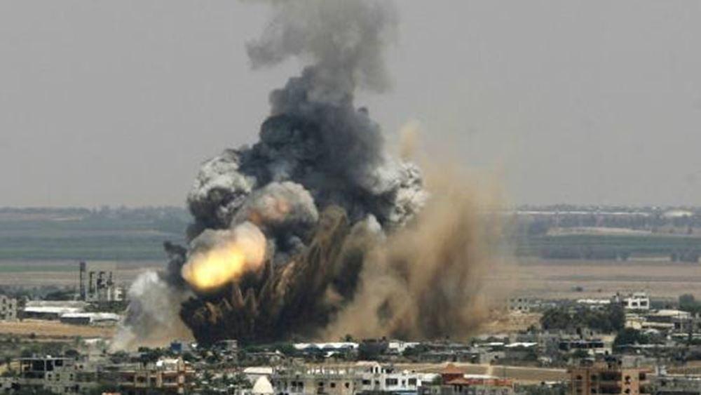 Ισραηλινά πλήγματα σε εγκαταστάσεις της Χαμάς στη Γάζα μετά τη ρίψη ρουκέτας στο νότιο Ισραήλ